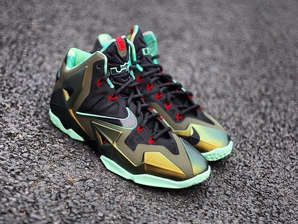 sports shoes 37fa9 9f644 LeBron XI Kings Pride ... buy nike . ...