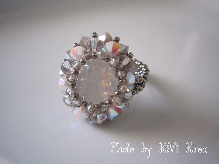 Kivi Krea: Első szvarovski gyűrűm