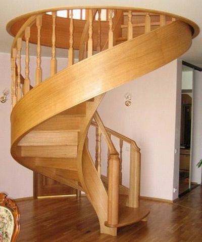 Лестница деревянная винтовая