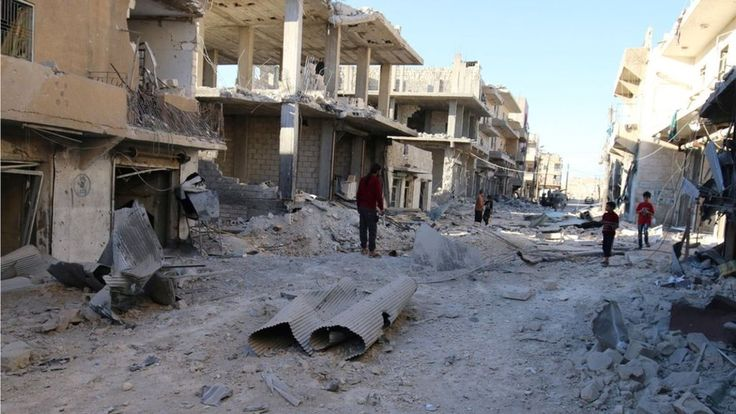 Syria conflict: Besieged areas of Aleppo a 'living hell' - BBC News