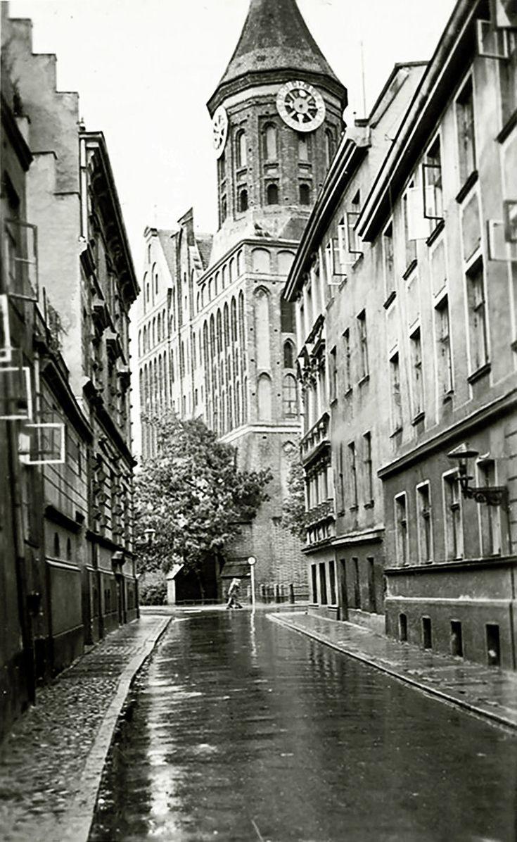 Königsberg Pr.  Johann-Jacoby- Straße mit Blick zum Dom             ca. 1930