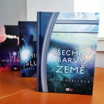 Beth Revisová - trilogie Vesmír http://www.cooboo.cz/serie-13-vesmir