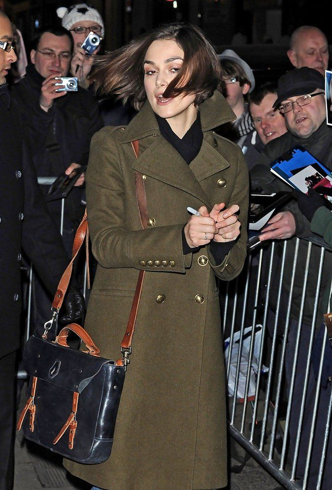 "Keira Knightley Photos Photos - Keira Knightley gets a wild greeting from fans outside the Comedy Theatre after her evening performance in ""The Children's Hour.""  . - Keira Knightley at the Comedy Theatre"
