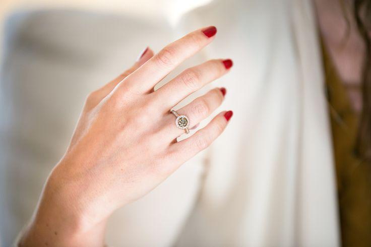 Bague Or rose, diamant champagne, entourage diamants blancs - Maison Waskoll