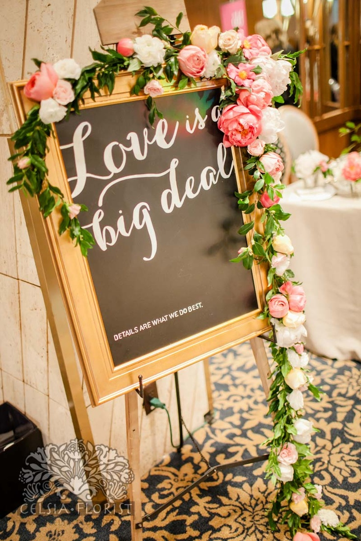 Floral garlands are so beautiful. Oh Happy Day has a tutorial on how to do this!