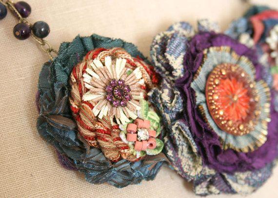 Tela colorida flor collar Teal azul rojo por rosyposydesigns