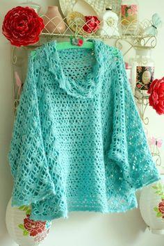 [Free Patterns] 5 Easy Crochet Poncho Patterns For Beginners ༺✿ƬⱤღ http://www.pinterest.com/teretegui/✿༻