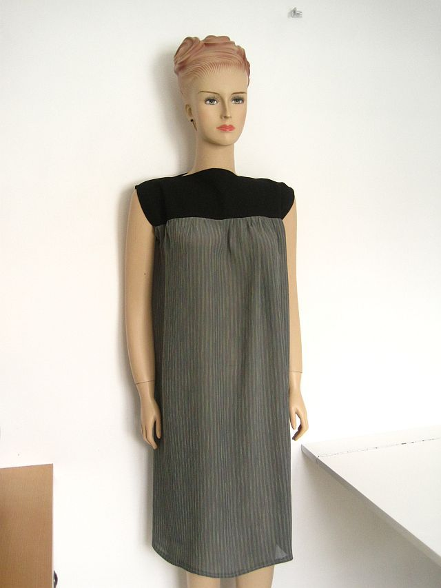FREE sewing pattern for this dress at Greenie Dresses for Less.