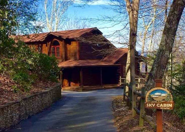Vacation Rental Log Cabin in Smoky Mountain