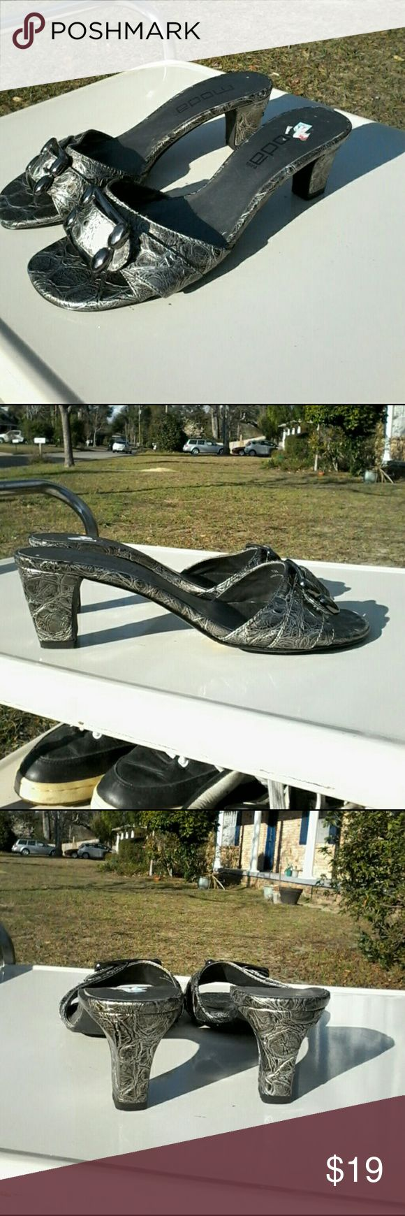New - Moda slide sandals - 2 inch heel, Size 7.5M This is a new pair of Moda slide sandals with two inch heels in size 7.5M.  All man-made material with platinum faux croc design. Moda Shoes Sandals