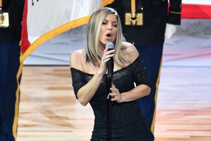 Fergie se disculpa por su interpretación del himno nacional en el Juego de Estrellas de la NBA