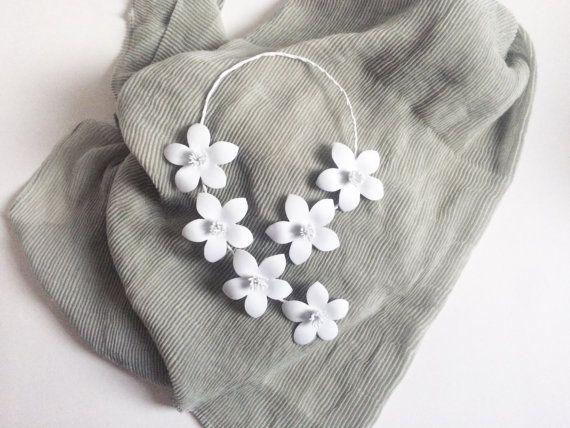 Collana fiori di loto in gomma