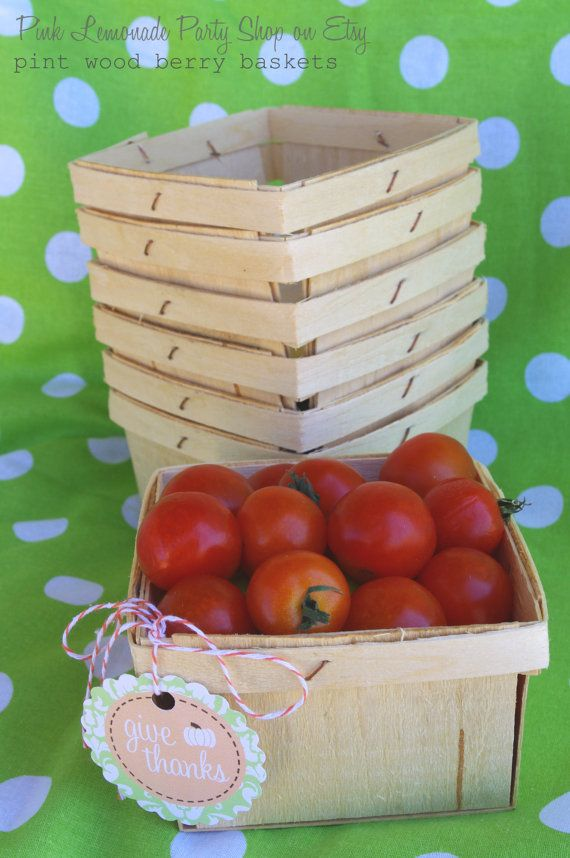 WOOD BERRY BASKETS---Fall Party Favor Baskets--Weddings--Showers--Farm Birthday Parties--12ct