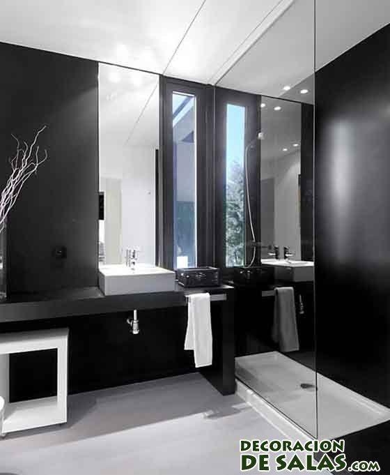 baño decorado en blanco y negro