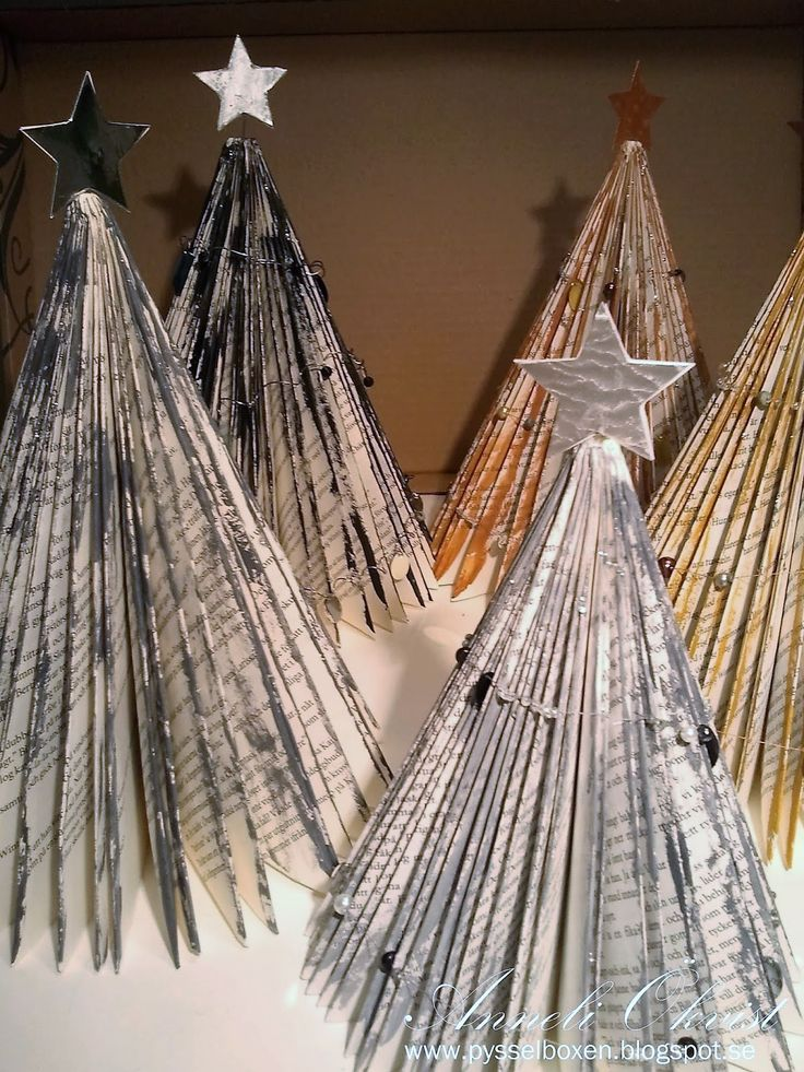folding christmas trees from books