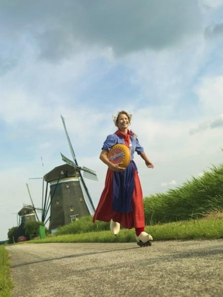 11 best frau antje images on pinterest dutch netherlands advertising and holland. Black Bedroom Furniture Sets. Home Design Ideas
