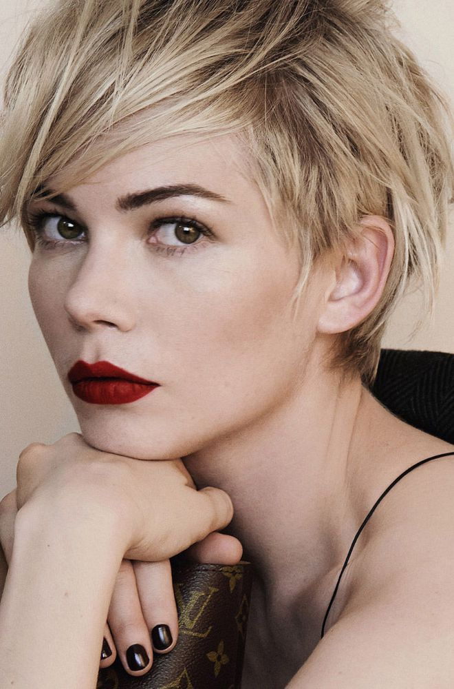 michelle williams coupe garconne louis vuitton                                                                                                                                                      More