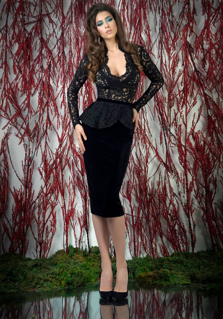 Black lace and velvet peplum cocktail dress with open back. ♥   Shop your style online or book your appointment in a BIEN SAVVY store: Bucuresti: office@biensavvy.ro / +40757 370 108 Constanta: constanta@biensavvy.ro / +40757 825 185 Brasov brasov@biensavvy.ro / +40757 415 563