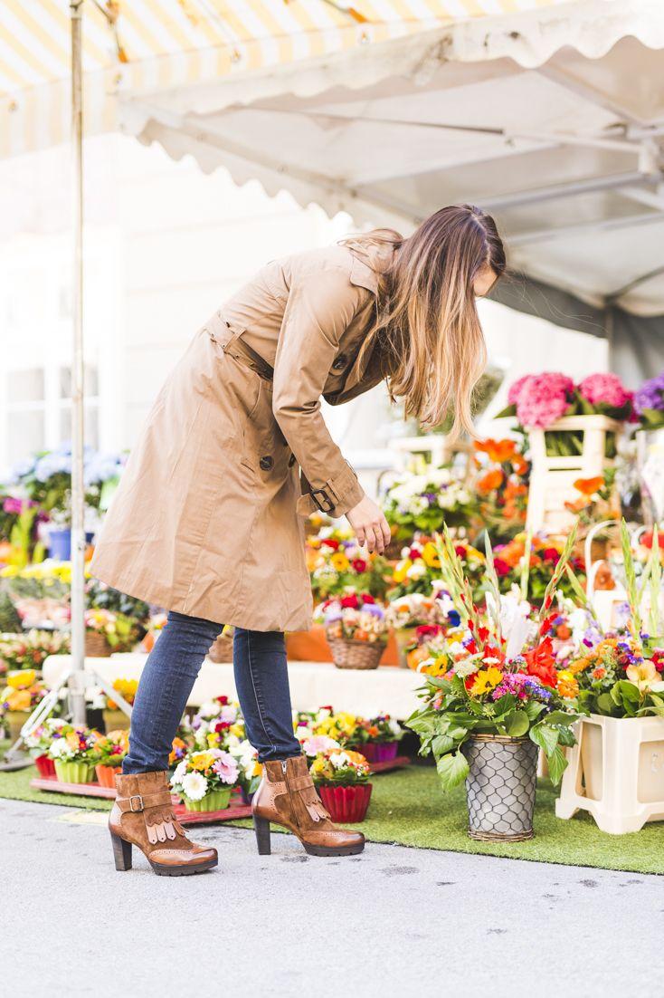 Mit Stiefeletten im Fransen-Look machst Du eine gute Figur beim Wocheneinkauf. Zu finden hier: paul-green.com #paulgreen #shopping #shoeaddict