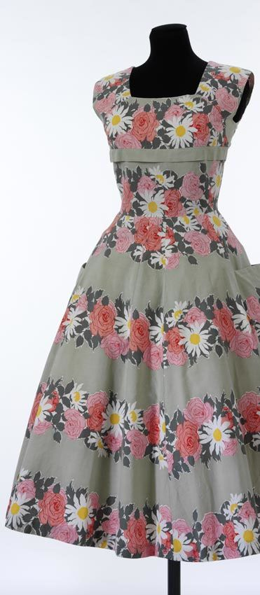Vintage free pattern - I want to make a dress like this!