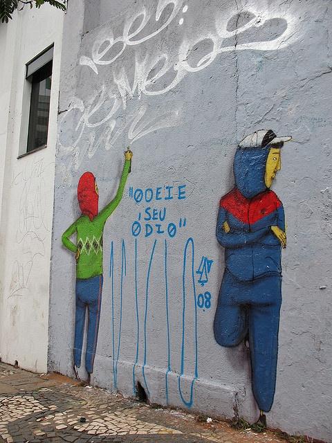 osGemeos | Arte de Rua, os Gemeos by f/43 - Fabio Raphael, via Flickr