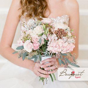 Нежное признание - свадебный букет из гортензий, эвкалипта и эстуом от Bouquet