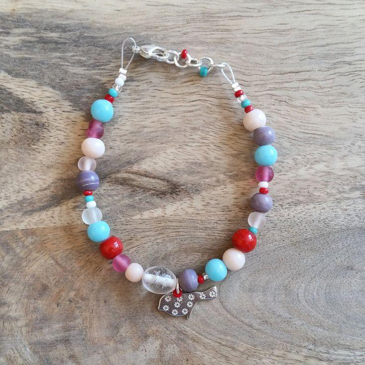 Little Bird Charm Glass Bead Bracelet. by JdwCrafts on Etsy