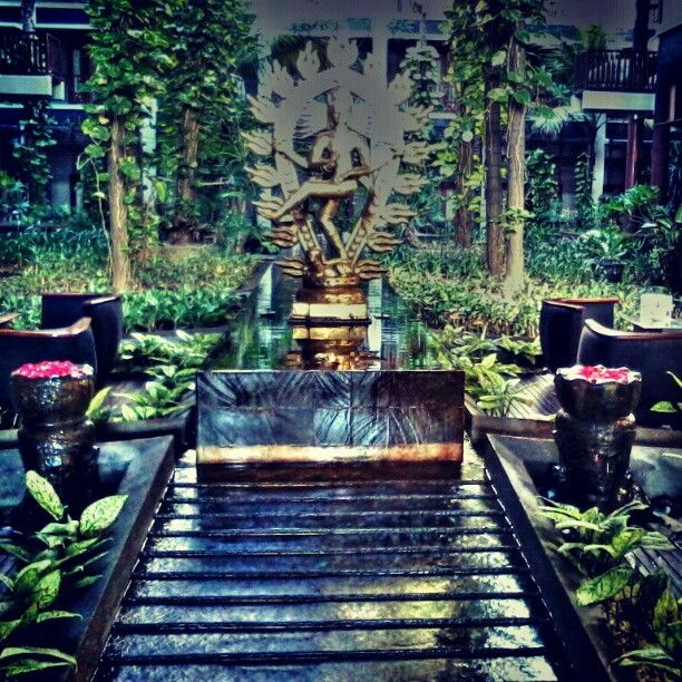 Lobby garden Photo by banyubiru_