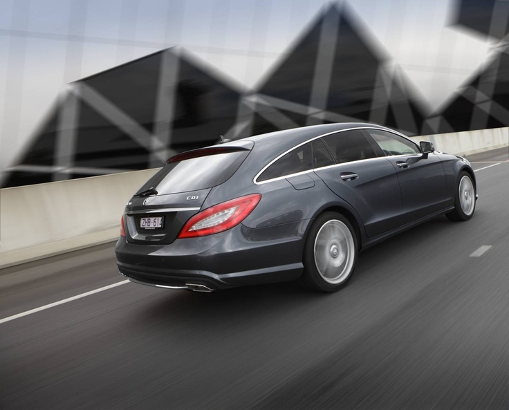 CLS Shooting Brake - A coupe with fastback lines – something that has never been seen in this form before.