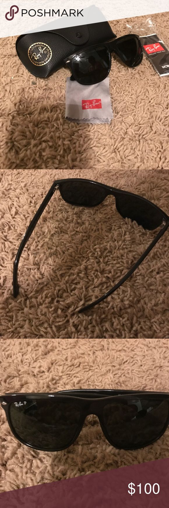 Polarized wayfarer Ray Bans (cloth & case also) Hardly ever used! Bought them and didn't fit! They are probably 6 years old but have sat in the box Ray-Ban Accessories Sunglasses