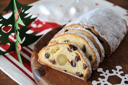 海外ではクリスマスの時期に食べられる、とてもポピュラーなお菓子「シュトーレン」。今回は、そんなシュトーレンのレシピや素敵なラッピング方法をご紹介していきます。今年のクリスマスはシュトーレン作りにチャレンジしてみませんか?