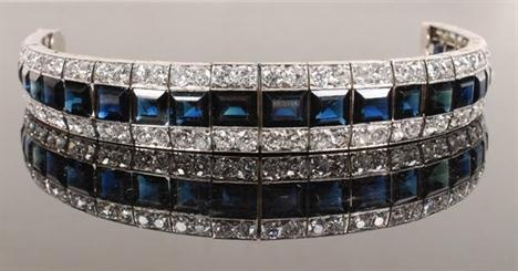 Lot 437 - Fine Jewellery & Silver (Catalogue 2862225) - Dreweatts London - Auction Catalogues - the-saleroom.com - Bid online at real auctions