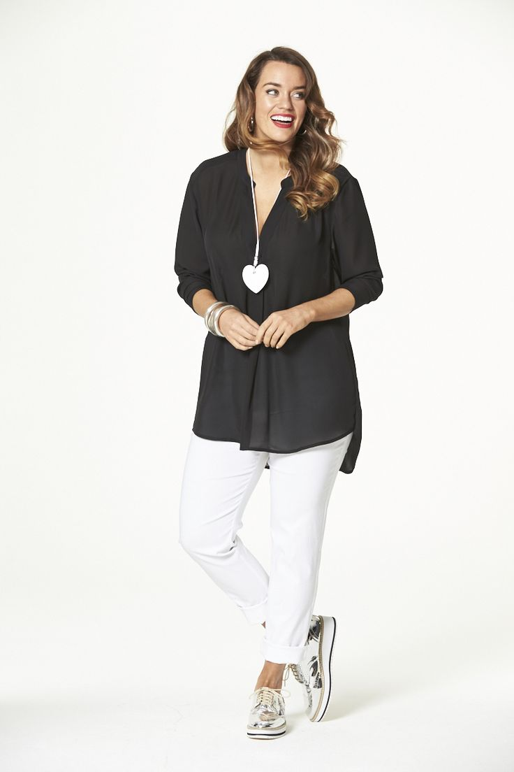Spring Fling Pleated Top in Black  #mysize #plussize #fashion #plussizefashion #spring #newarrivals #outfit