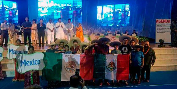 ] CUERNAVACA, Mor. * 31 de julio de 2017. DdMx Los equipos mexicanos de estudiantes de primaria y secundaria que participaron esta semana en la India, en la Competencia Internacional de Matemáticas (IMC, por sus siglas en inglés), se colocaron como los segundos mejores del mundo al obtener...