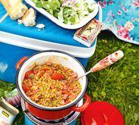 Koken op de camping - Jumbo Supermarkten Diverse eenpansgerechten en andere simpele, snelle vakantiegerechten.