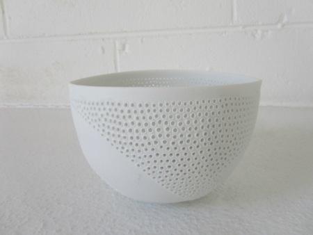 Megan Puls     Pierced + etched vessel     Porcelain     9 x 14 cm