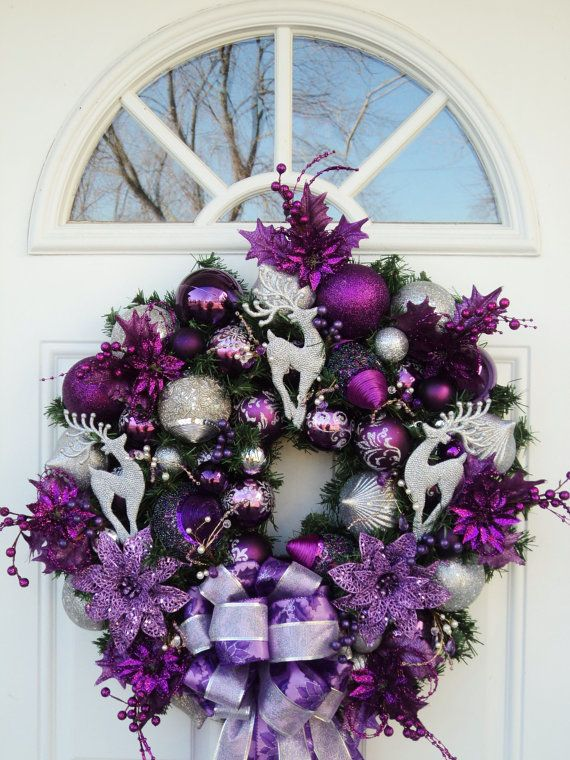 Purple Silver Christmas Wreath. via Etsy. //  Encontrado en etsy.com Purple Silver Christmas Wreath