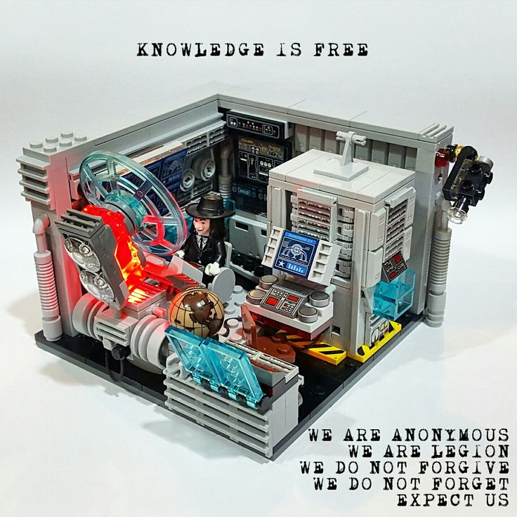 "LEGO Vignette 16x16: ""Anonymous HQ"""