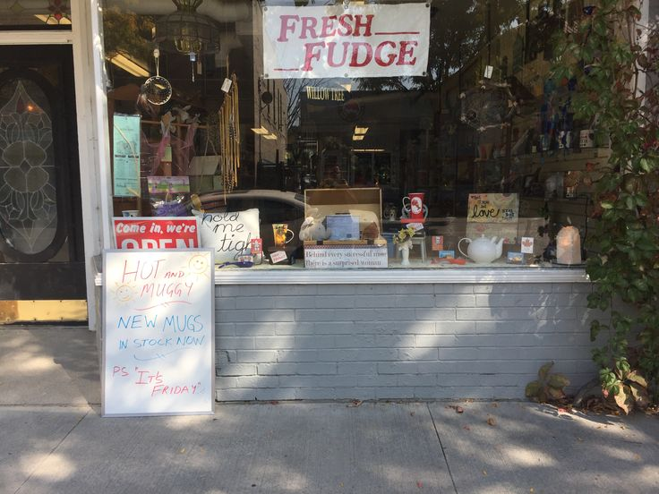 Storefront fudge