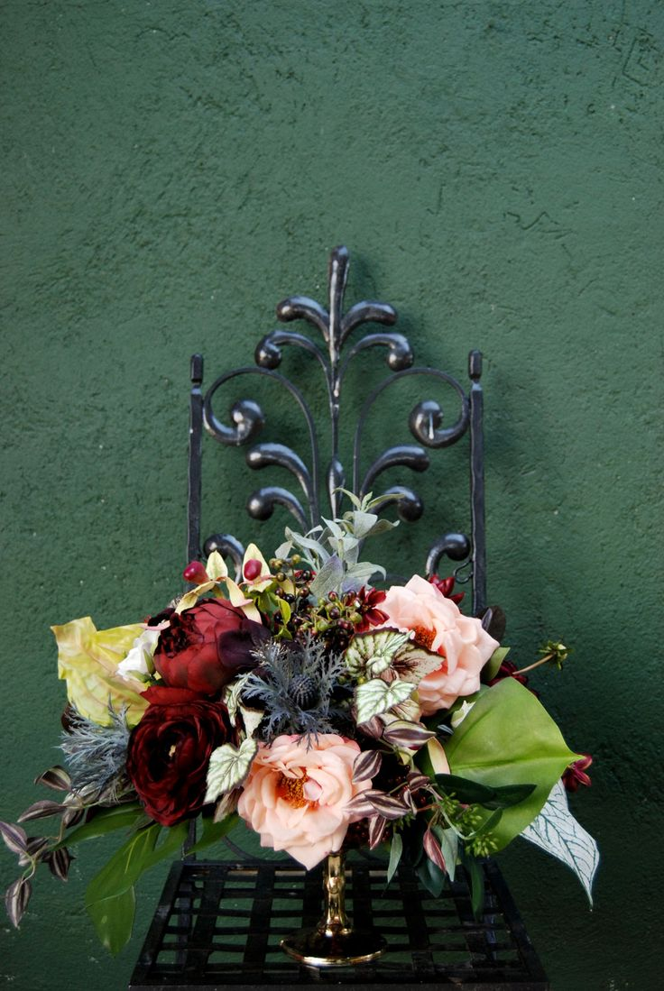 Learn how to make a silk flower arrangement with this simple DIY from Lauryl Lane and Afloral.com.