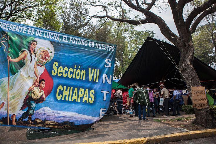 PROCESO: Salen de Chiapas 32 autobuses con maestros rumbo a la ciudad de mexico.