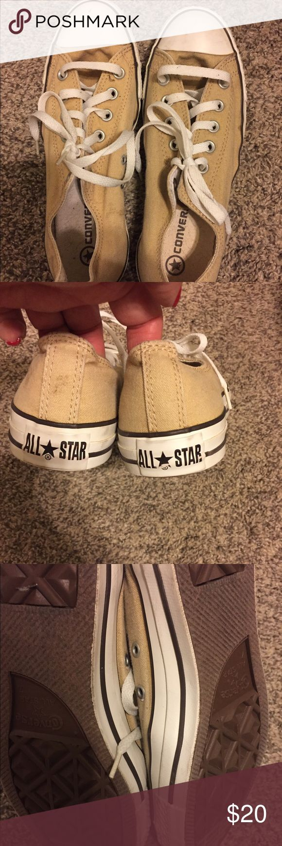 Converse 🖤💛 Off white, super clean!!! Converse Shoes Sneakers
