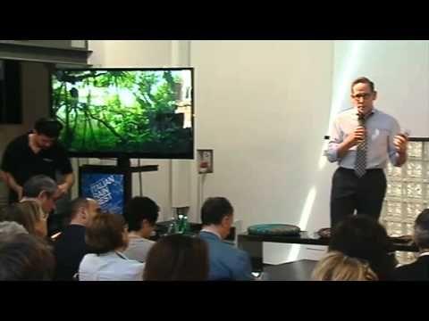 Greg Horowitt: #ItalianRainforest. Il modello e il canvas