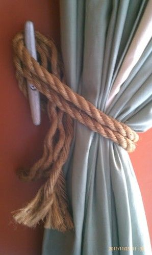Want to obtain a #nautical feel and do a little DIY at the same time? Use #rope as a tie back for your curtains