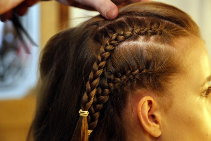 Trenzas de costado #hairmoment #trenza #peinado #navidad #findeaño #braid #hairstyle