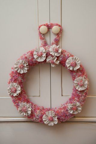 Knit a wreath for mothersday