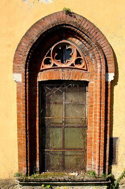 Window in #Crespi d'#Adda, #CapriateSanGervasio, #Bergamo
