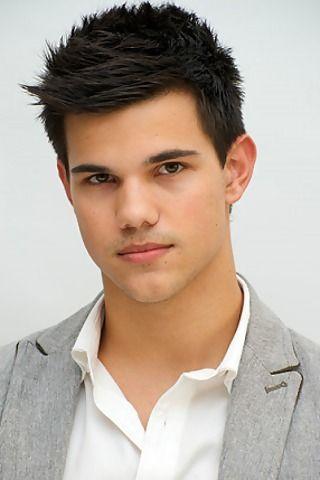 Handsome werewolf.. hehehe ^^