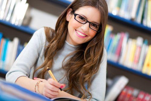 Bachelorarbeit ✔ Tipps, Strategien und Beispiele für Studenten ✔