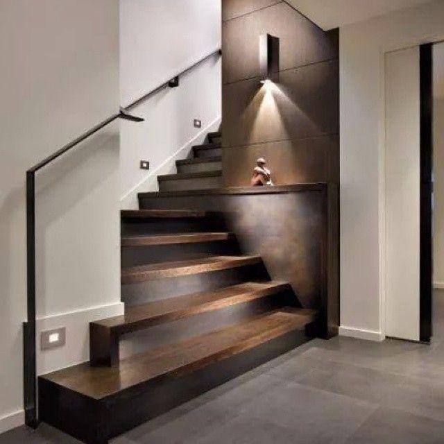 WEBSTA @ studio_morado - Beautiful and elegant stairs, hardwood floor   porcelanato #hardwood #porcelanaton #stairs #instalike #interior #interiorideas #interiores #interiordesign #home #homedecor #decor #decoration #decoracion #casa #disenointerior